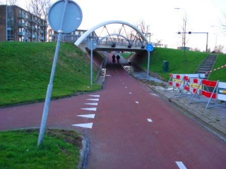 Bike-only road that goes under automobile road in Groningen, Netherlands. Image Credit: Zachary Shahan / Bikocity