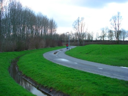 Bike roads also in the suburbs in Groningen, Netherlands. Image Credit: Zachary Shahan / Bikocity